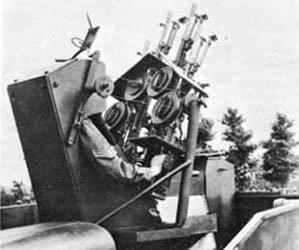 LoydCarrierAA.Tanks.jpg